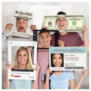 Jumbo Photo Props - Licence/Money Etc.